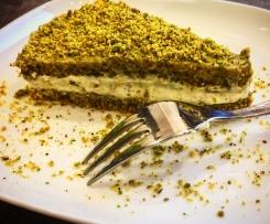 Torta con dacquoise pistacchiosa (contest torte veloci)