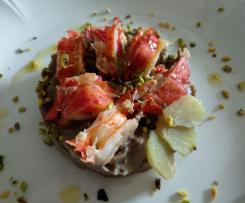 Astice su crema di funghi shiitake con zenzero marinato e granella di pistacchio