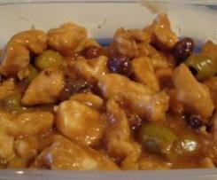 Pollo alle nocciole e olive