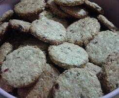 biscotti integrali con frutta secca e mirtilli