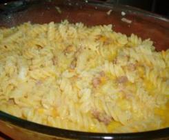 pasta con salsiccia peperoni e semi di finocchio