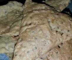 Crackers miglio grano saraceno rosmarino e semi di Chia