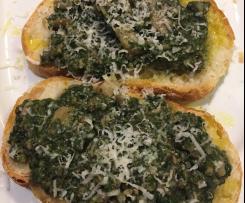 Contest Funghi : Crostoni Toscani bietola funghi e menta.