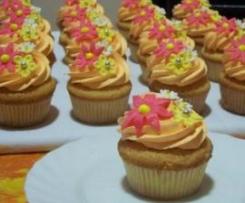 cupcakes alla banana con crema di arachidi