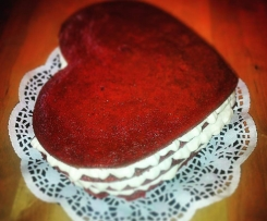 Wardolf Astoria Red Cake