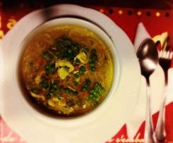 Zuppa di pollo con noodles (Chicken noodle soup)