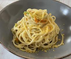 Spaghetti risottati fiori di zucca e bottarga