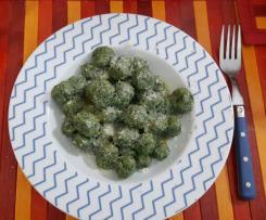 Gnocchi di pane con ricotta e spinaci