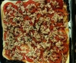 pizza tonno e pomodori