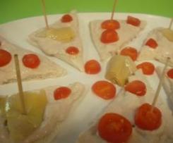 Tartine alla mousse di carciofini e tonno
