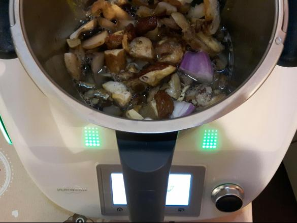 thermomix dietetico ai funghi porcini