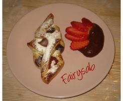 Strudel sfogliato con crema al cioccolato e fragole -contest strudel-