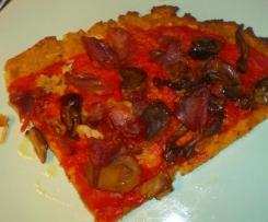 Pizza con base di cavolfiore , ceci e semi di chia ( pizza delle 3 C)