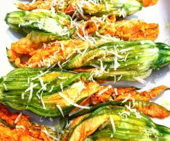 Fiori di zucca ripieni di zucchine e ricotta