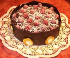 Torta di cioccolato ai lamponi