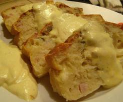 Plumcake con fonduta di formaggi