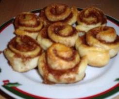 GIRANDOLE ALLA CANNELLA (dolce svedese di Natale)
