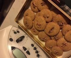 Biscotti semintegrali zenzero e noci
