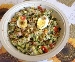 Insalata di riso con verdure dell'orto