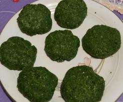 Hamburger di pollo con cubetti congelati di spinaci