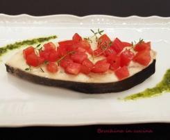 Pesce spada in salsa di erbe aromatiche e pomodorini
