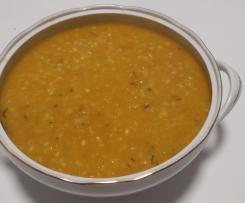 Zuppa di zucca patate e orzo