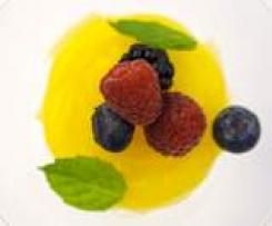 Crema pasticcera Vegan con frutti di bosco - della blogger Mariangela