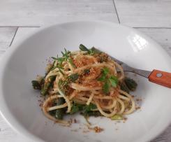Spaghetti con fagiolini, acciuga e briciole di pane -contest legumi