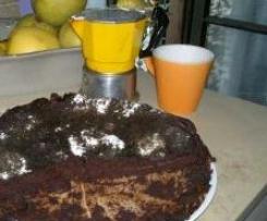 La torta di mele nera del monferrato