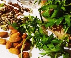Pesto di rucola, semi e mandorle