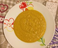 Crema di carote con curry e peperoncino
