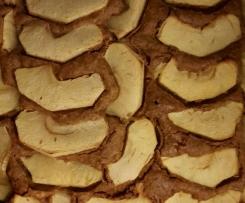 Torta di mele senza glutine, lattosio, uova, lievito.