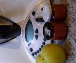 Omogeneizzato di mela e prugna