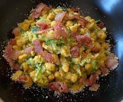 Spatzle di farro con zucchine e guanciale croccante