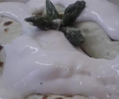 Crespelle con salmone ed asparagi