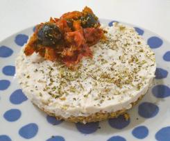 Cheesecake salata con ricotta e feta - senza burro e senza uova