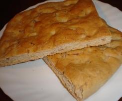 Carsàint col parsòtt (crescentina al prosciutto bolognese)
