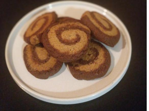 Biscotti integrali al cioccolato fondente (CONTEST CIOCCOLATO A COLAZIONE)