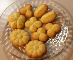 Biscotti leggeri e friabili con sparabiscotti e non