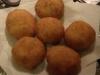 Arancini di patate con ripieno di carne speziata