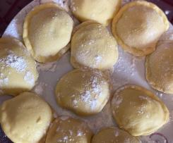 Ravioli ripieni di carne o lasagne