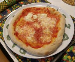 Pizza con cornicione a lunga lievitazione