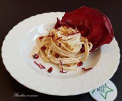 Spaghetti alla crema di formaggio e noci