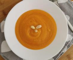 Vellutata Bimby di carote e mandorle molto delicata