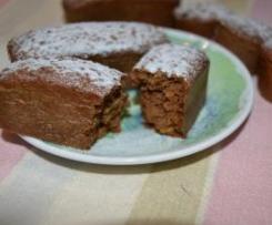 Tortine di cacao,mela e nocciole leggere