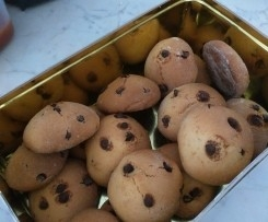 Biscotti allo yogurt e gocce di cioccolato