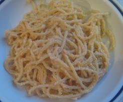 Spaghetti salmone e caprino