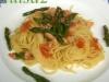 Tagliolini con asparagi e trota affumicata