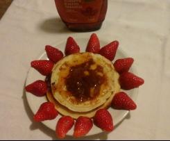 pancakes di Alice con sciroppo d'acero e frutta