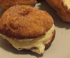 Ciambelline fritte al profumo di cannella e vaniglia